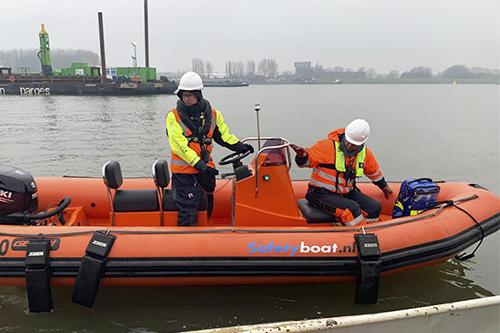 Reddingsboot waterbouw